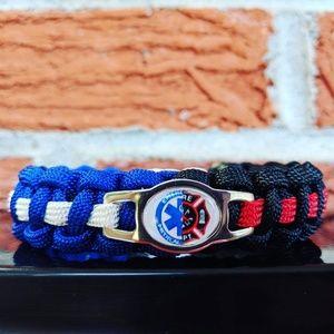 Jewelry - EMT/Firefighter Paracord Bracelet
